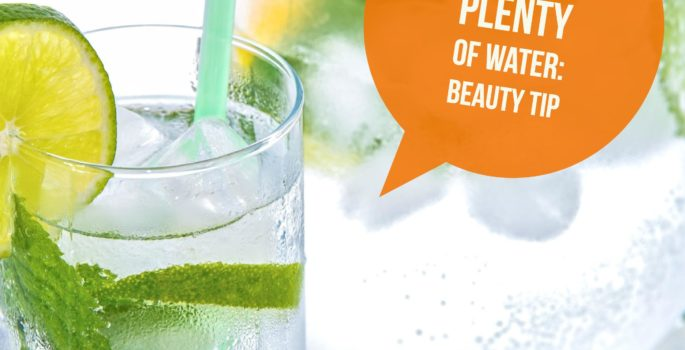 prevent dehydration drink water beauty tip