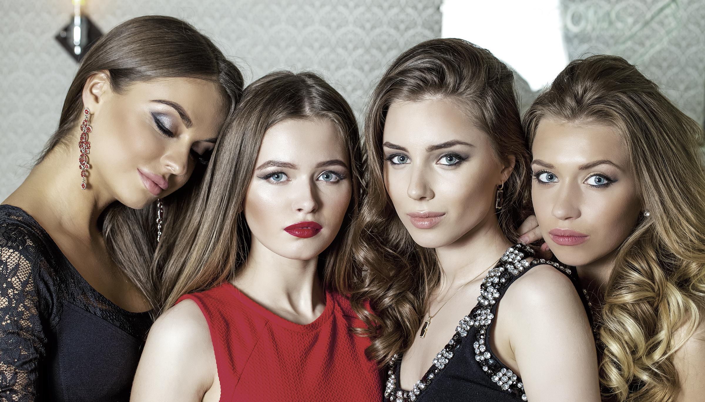 Salon Salon - Girls Prom Hair